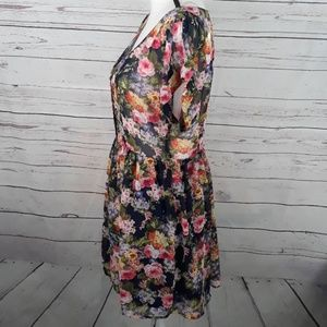 Forever 21 Dresses - FOREVER 21 floral button front sheer dress medium